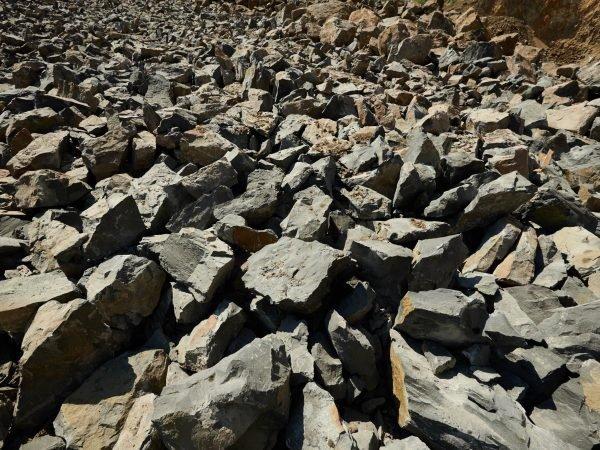 Rough stone >150